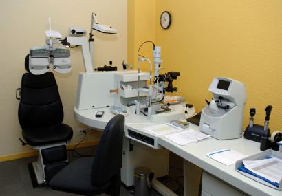 Équipement dans un cabinet d'ophtalmologie