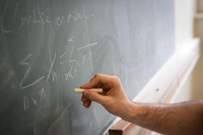 Tableau dans un cours de maths