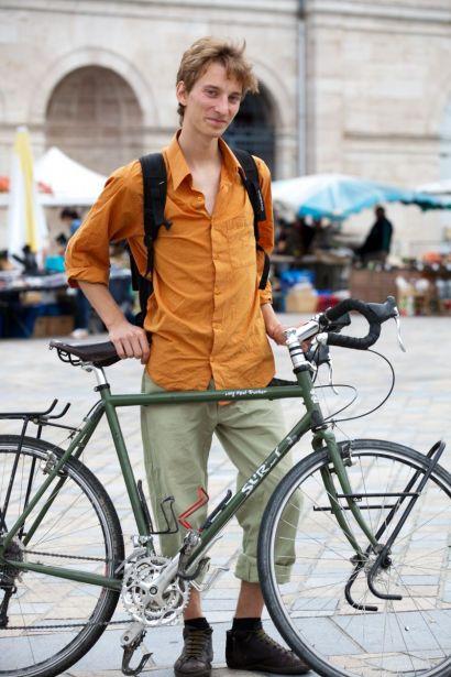 Photo de Quentin Pardonnet avec son vélo