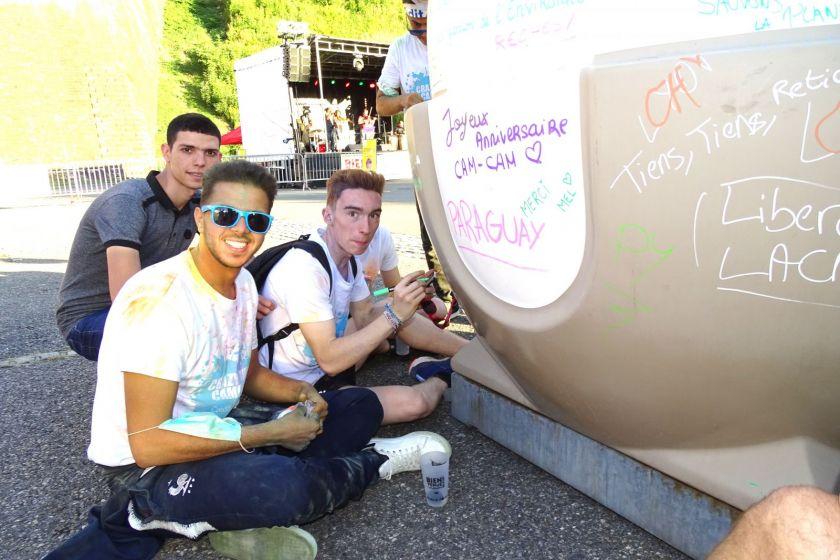 Pour sensibiliser au tri et au recyclage des déchets, l'agglomération du Grand Belfort a demandé aux étudiants de taguer des conteneurs !