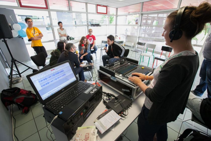 Émission de Radio Campus en direct de la maison des étudiants