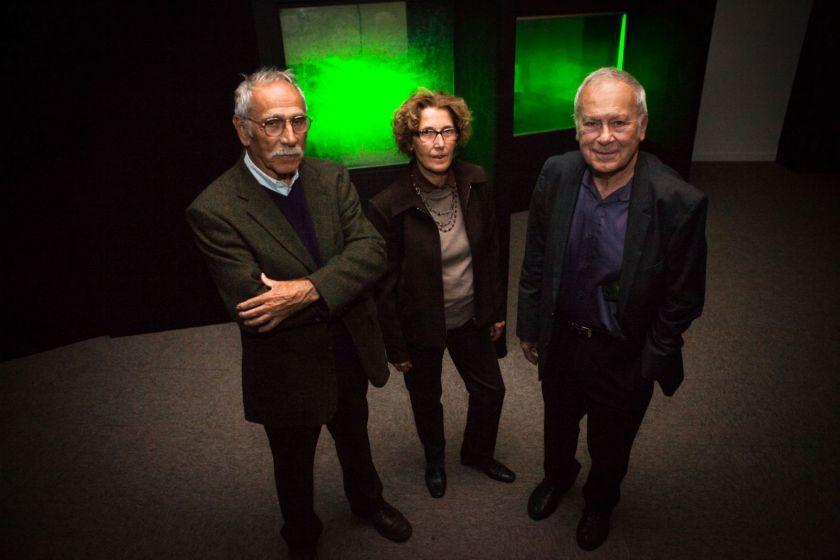 Gilbert Tribillon, Jean-Marc Fournier et Claudine Bainier dans la salle d'exposition.