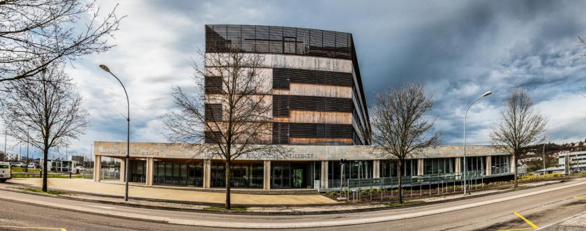 Vue extérieure du bâtiment TEMIS Sciences