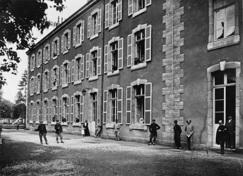 Photo d'archives de l'hôpital saint Jacques en 1916