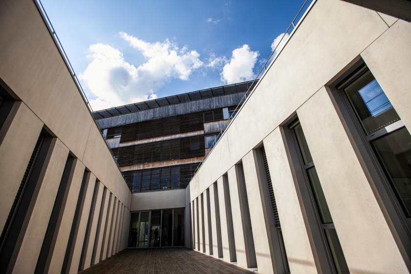 Vue extérieure du bâtiment TEMIS Sciences de FEMTO-ST