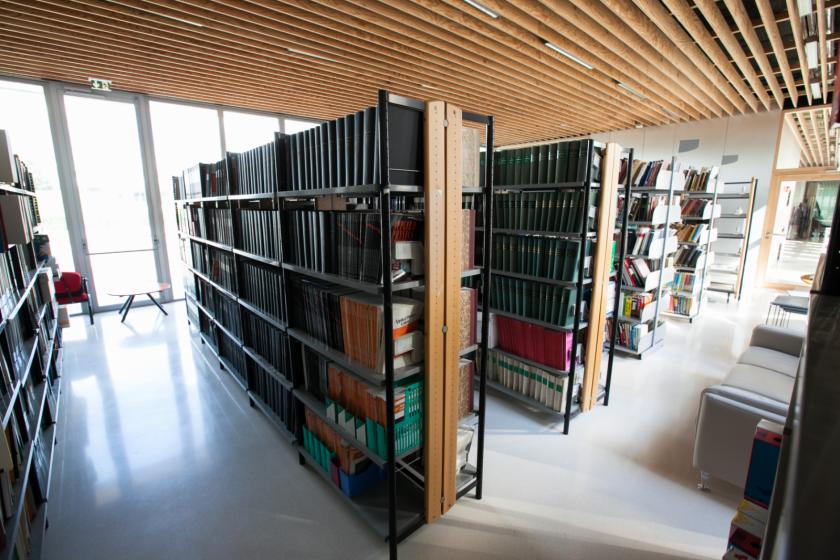 Une bibliothèque de laboratoire