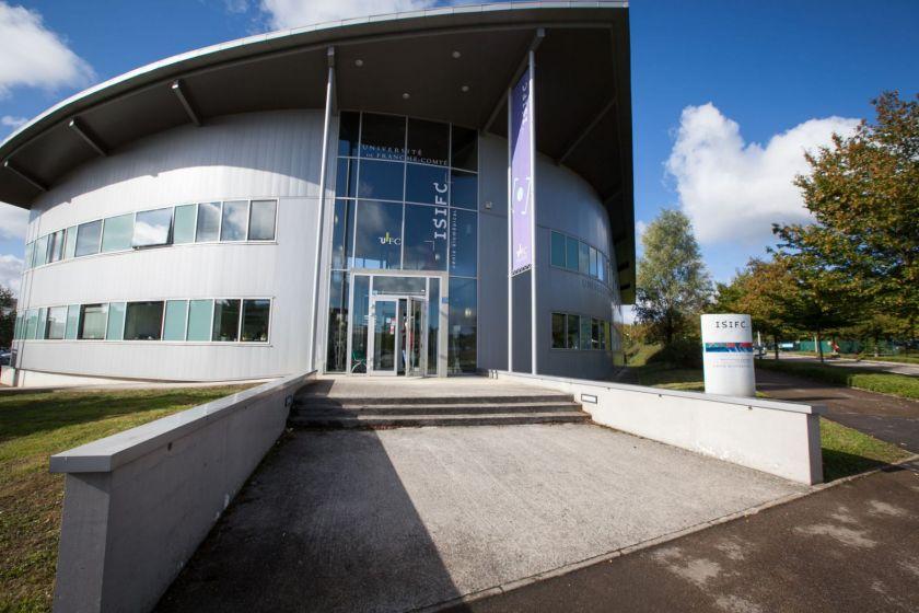 le bâtiment de l'ISIFC