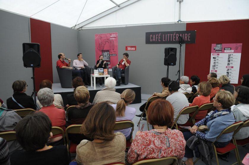 Rencontre avec des auteurs durant le festival Livres dans la boucle
