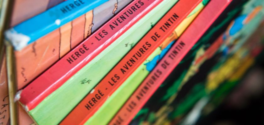 Photo d'une pile de BD de Tintin