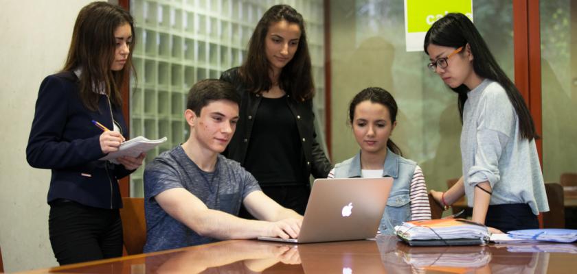 Les étudiants qui ont conçu le site intereco.fr