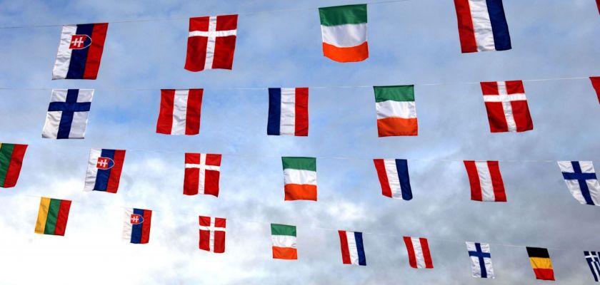 Différents drapeaux européens.