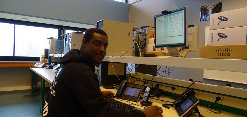 L'apprentissage selon Pierre-Baptiste, étudiant en DUT Réseaux et Télécommunications