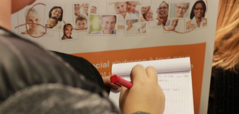 Les étudiants du DUT Carrières Sociales de l'IUT Belfort-Montbéliard en visite au Salon des Services à la personne