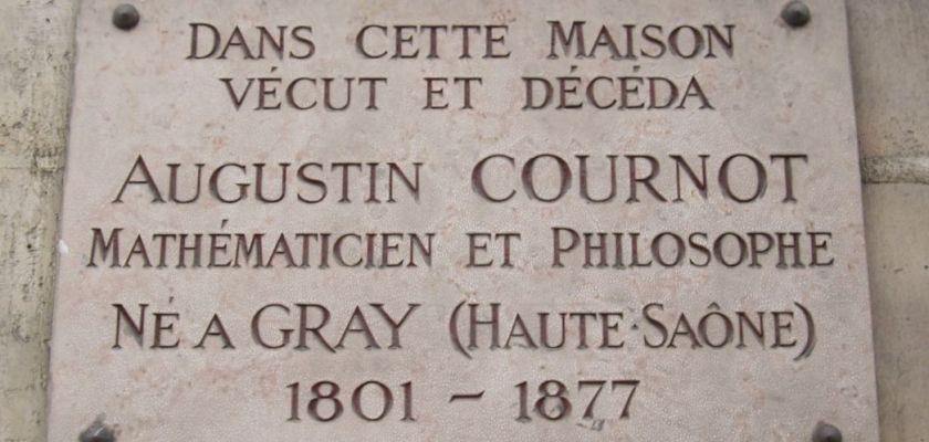 Photo de la plaque présente sur la maison d'Augustin Cournot à Paris