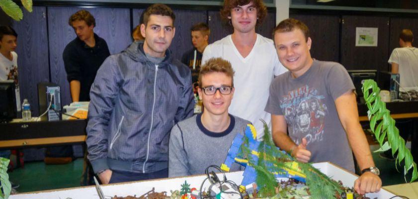 Les étudiants et leur robot