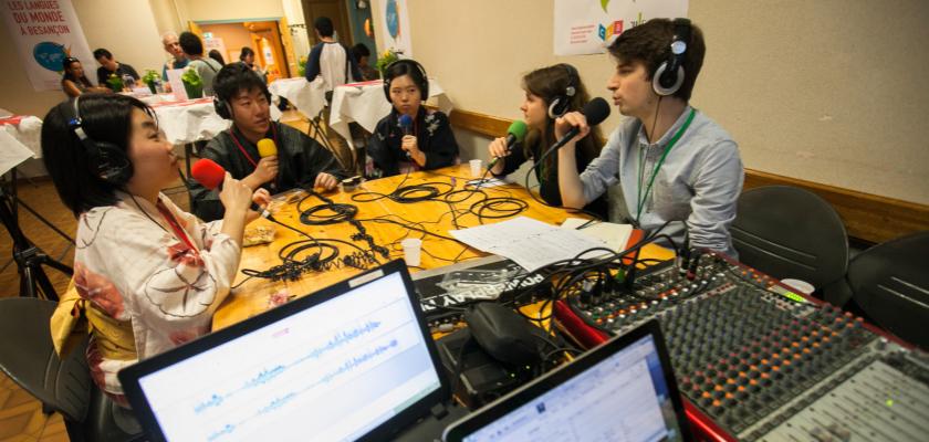 Plateau de Radio Campus au Tour du monde en 80 plats