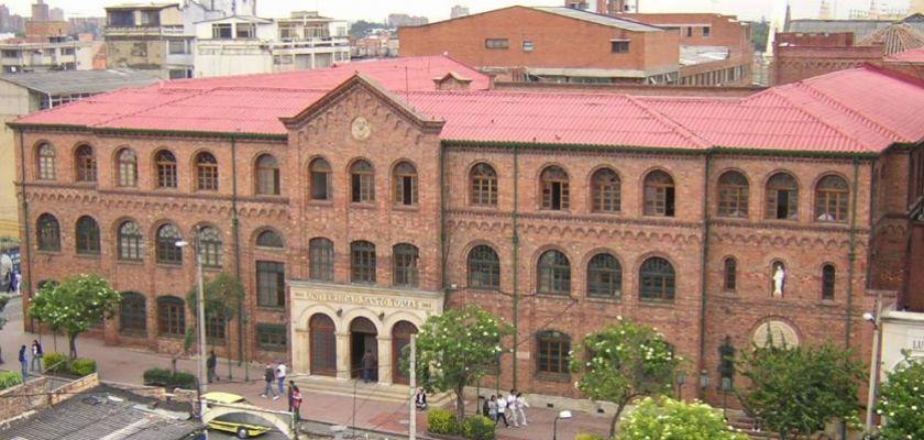 L'université Santo Tomas à Bogota