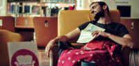 photo d'étudiant endormi à la BU