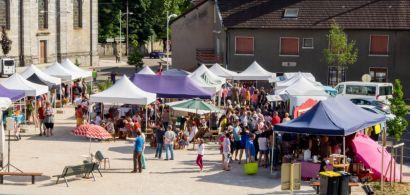 Vue globale du marché de Liesle