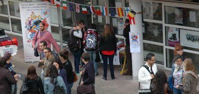 Des étudiants sur le campus de Montbéliard