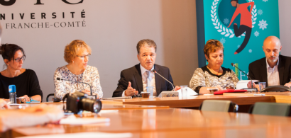 Laurence Ricq, Macha Woronoff-Lemsi, Jacques Bahi et Frédéric Muyard à une même table lors de la conférence de presse de rentrée.