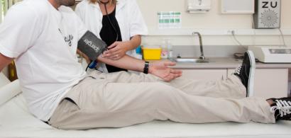 Consultation médicale (prise de tension)