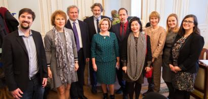 Une délégation de l'université pédagogique d'État de l'Altaï accueillie à l'université de Franche-Comté (photo de groupe)
