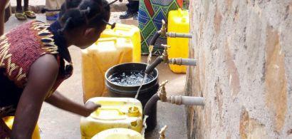 Distribution d'eau en Afrique