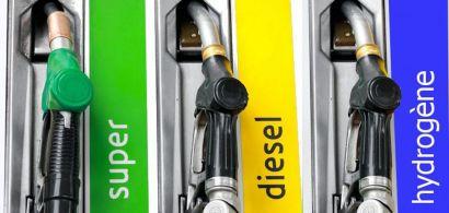 3 pompes à essence