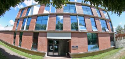 Vue extérieure du bâtiment du FC Lab