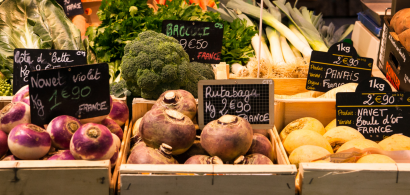 Cagettes de légumes au marché