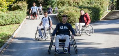Parcours en fauteuil sur le campus
