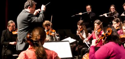 L'Orchestre universitaire pendant un concert