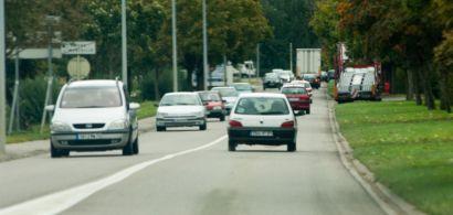 voitures sur une route