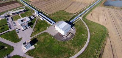 vue aérienne du détecteur Virgo