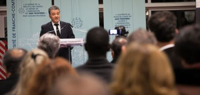 Jacques Bahi prononçant son discours