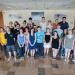 Une photo de groupe d'étudiants.