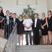 Neuf hommes et femmes français et Thaïlandais posent devant l'objectif